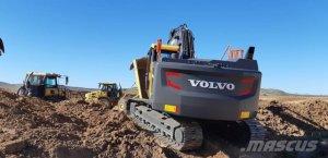 excavadora-cadenas-volvo-ec250el