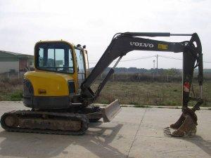 volvo-ecr58-excavadora-compacta